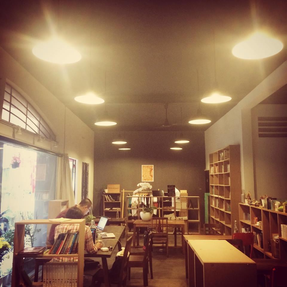 Quán cafe sách đẹp ở sài gòn. Ảnh 26