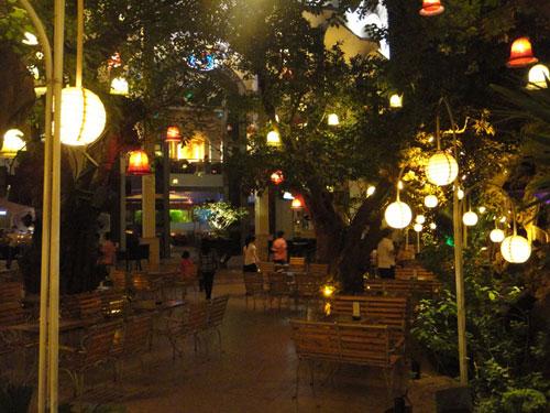The Myth Cafe Điện Biên Phủ. Ảnh 5
