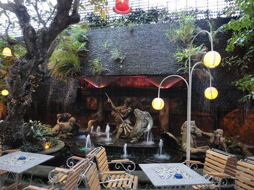 The Myth Cafe Điện Biên Phủ. Ảnh 4