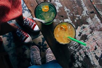 Lặng lẽ trước những quán cafe phong cách Sài Gòn xưa