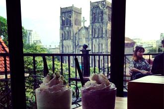Mê mẩn quán cafe có view đẹp ở Hà Nội góc nhìn ra nhà thờ lớn