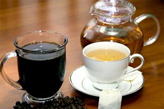 So sánh lợi ích của cà phê và trà: 2 thức uống tuyệt vời