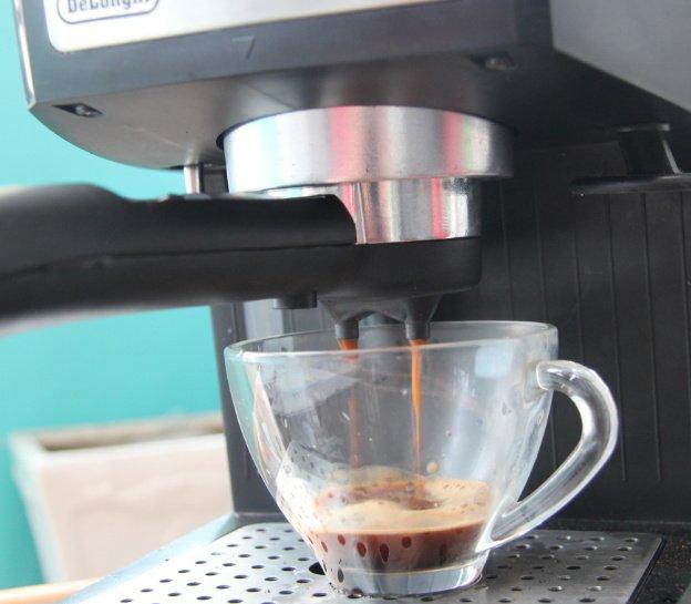 Cách pha cà phê Espresso. Ảnh 3