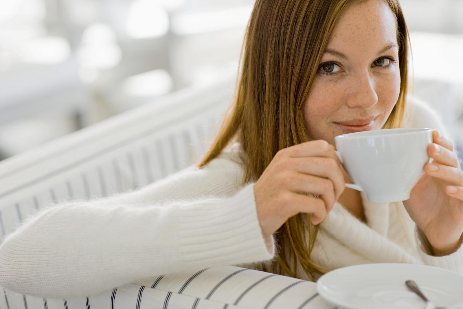 Làm detox cafe đúng cách giúp chị em phụ nữ giảm cân. Ảnh 3