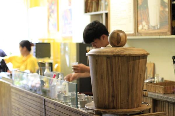Máy pha cafe mini độc lạ và mới nhất thu hút giới văn phòng ở quận 3. Ảnh 1