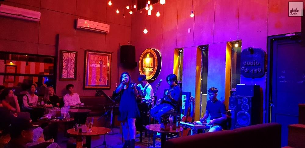 quán cafe acoustic bin music bar
