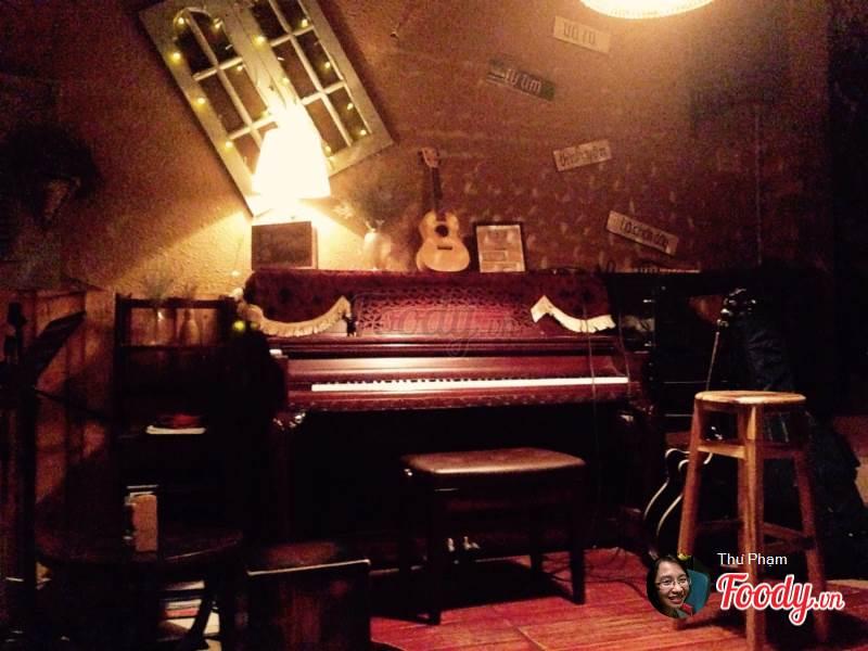 Quán cafe acoustic Nhặt Coffee 1