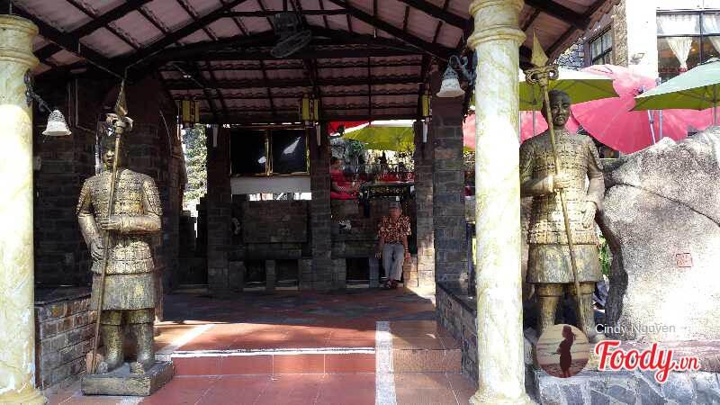 Những quán cafe đẹp ở các quận trung tâm Sài Gòn. Ảnh 21