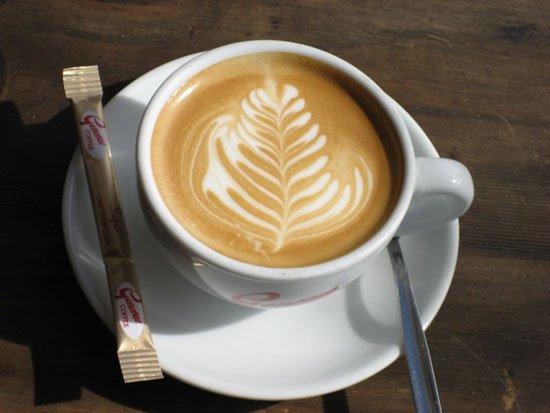uống cà phê sữa có tốt không